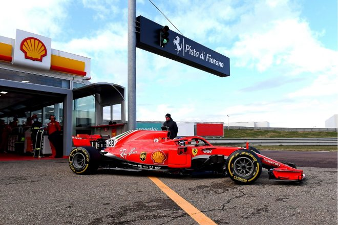 2021年1月フィオラノでのフェラーリF1テストに参加したジュリアーノ・アレジ