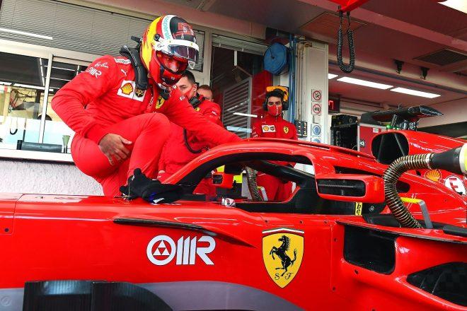 2021年1月フィオラノでのフェラーリF1テストに参加したカルロス・サインツJr.