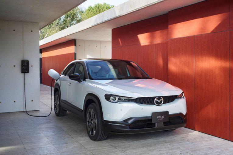 クルマ   マツダ初の量産電気自動車『MAZDA MX-30 EV MODEL』1月28日発売