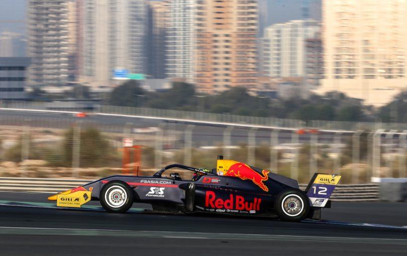 海外レース他 | レッドブル&ホンダ育成の岩佐歩夢、初戦の全レースで入賞し5台抜きも披露【F3アジア第1戦ドバイ】