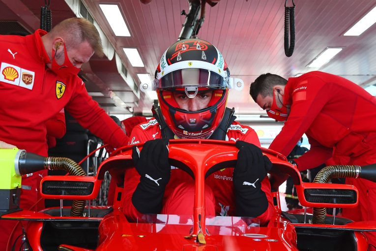 F1 | サインツ、フェラーリF1で走る重圧に怯まず「チーム復活のために貢献できるはず」