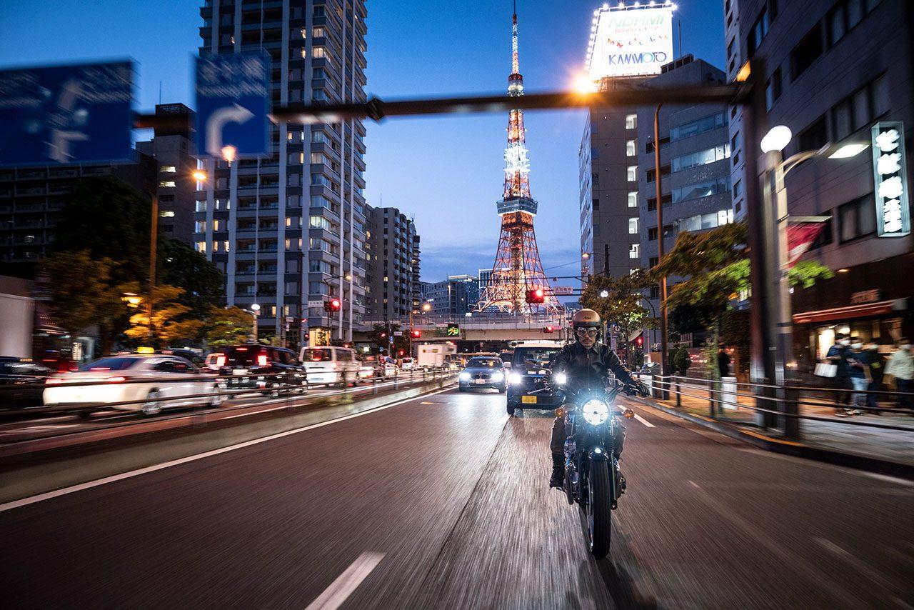 カワサキ『MEGURO K3』を2月1日から発売開始。Wシリーズをベースに銀鏡塗装を採用