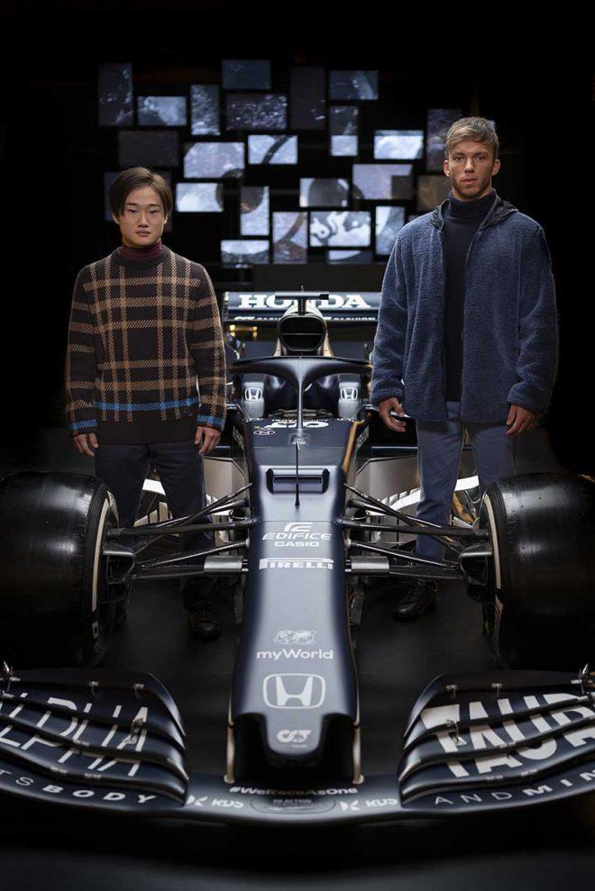 2021年型アルファタウリ『AT02』・ホンダの発表会でのピエール・ガスリーと角田裕毅