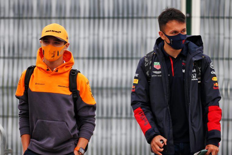 F1 | ノリス、友人アルボンのシート喪失を悲しむ「F1はとても厳しく、不公平なことが起こる世界」