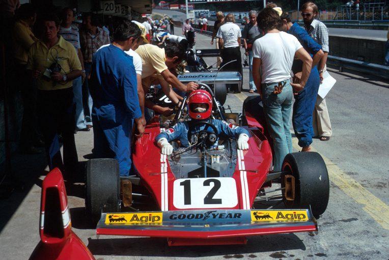 F1 | ジャン・アレジとルネ・アルヌーがヒストリック・モナコGPに出場。フェラーリ 312B3をドライブ