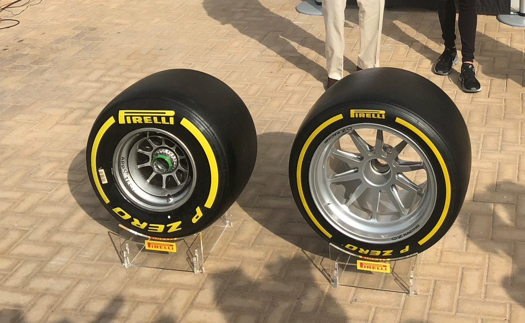 ピレリF1の13インチタイヤと18インチタイヤ