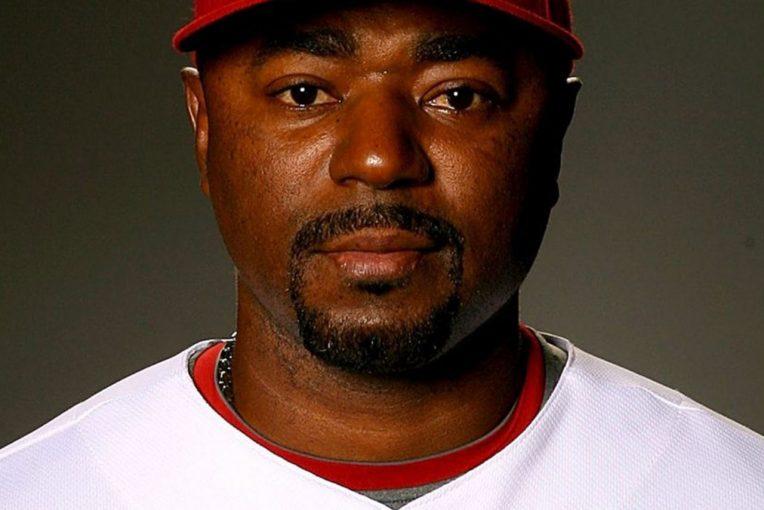 ル・マン/WEC | 地元出身、モータースポーツ好きの元MLB投手がセブリング12時間のグランドマーシャルに/IMSA