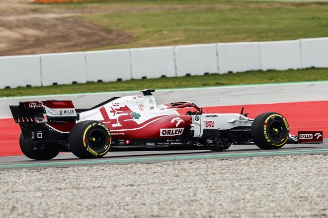 アルファロメオが2021年型F1マシン『C41』のシェイクダウン(ロバート・クビサ)
