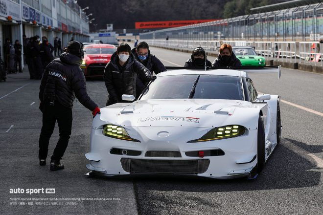 スーパーGT | 岡山でLM corsaがスーパーGTに投入するGRスープラをシェイクダウン。GT300車両が4台走行