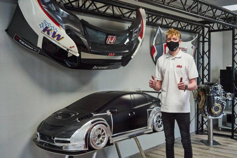 海外レース他 | ルノー・メガーヌR.S.TCRで輝いた新星ジャック・ヤングが、JASの開発ドライバーに就任