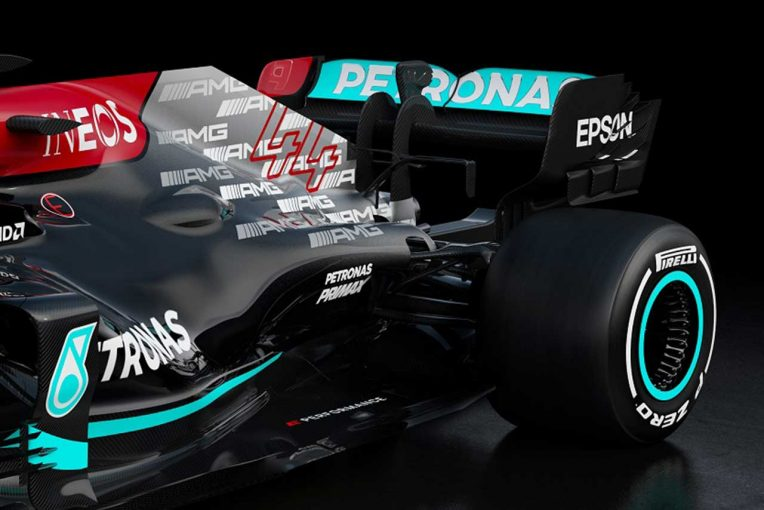 F1 | 【津川哲夫F1新車私的解説】メルセデス新車に漂う不穏な気配。全貌見えぬもレーキ角採用でコンセプト変更か