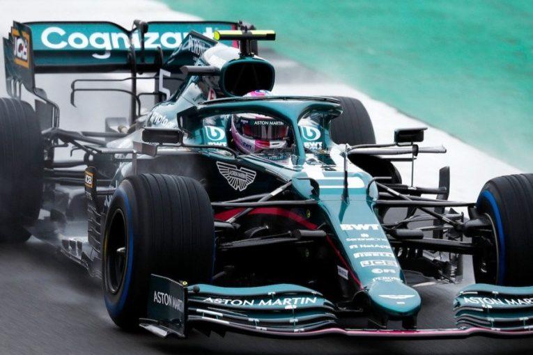 F1 | ベッテルがピンクの新ヘルメットで登場。ストロールと共にアストンマーティンF1『AMR21』のシェイクダウンを実施