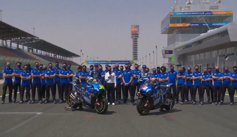 MotoGP | スズキ、MotoGP体制発表で2021年型GSX-RRをアンベイル。継続参戦のミルとリンスで2連覇目指す