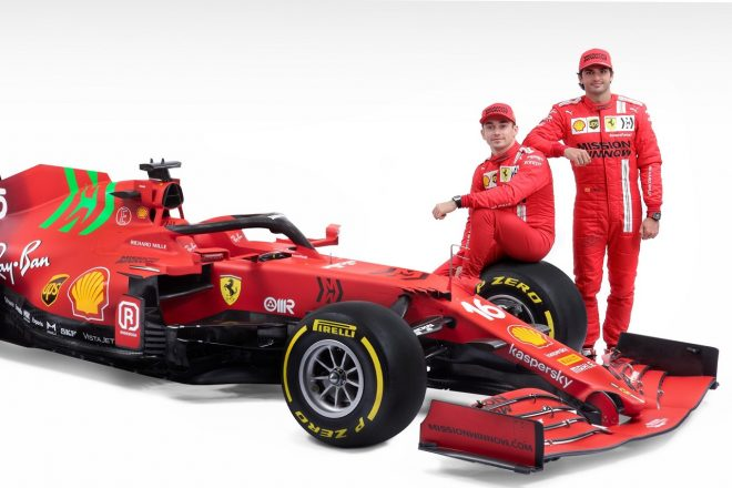 フェラーリ2021年型F1マシン『SF21』とシャルル・ルクレール&カルロス・サインツJr.