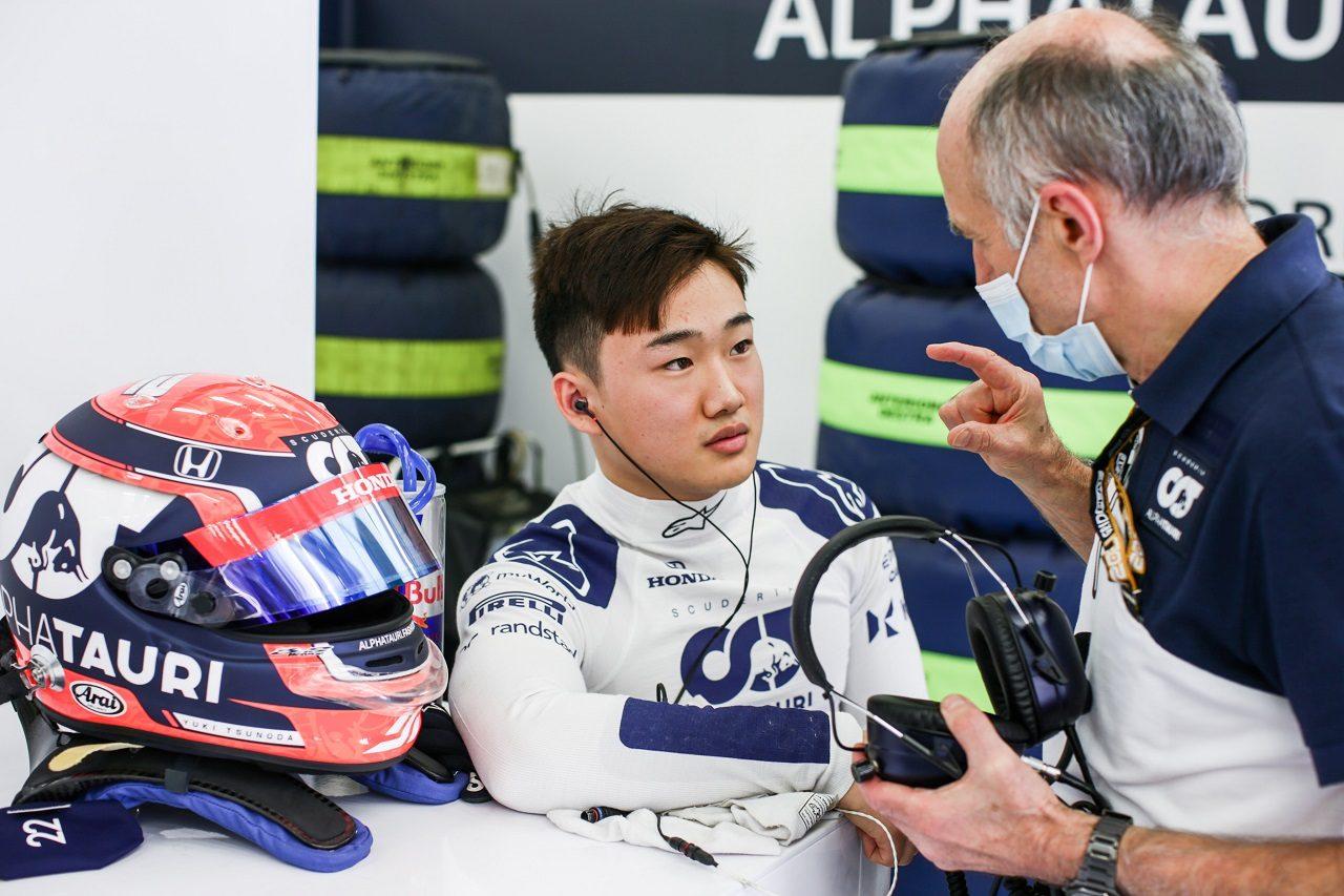 角田裕毅(アルファタウリ・ホンダ)とチーム代表フランツ・トスト
