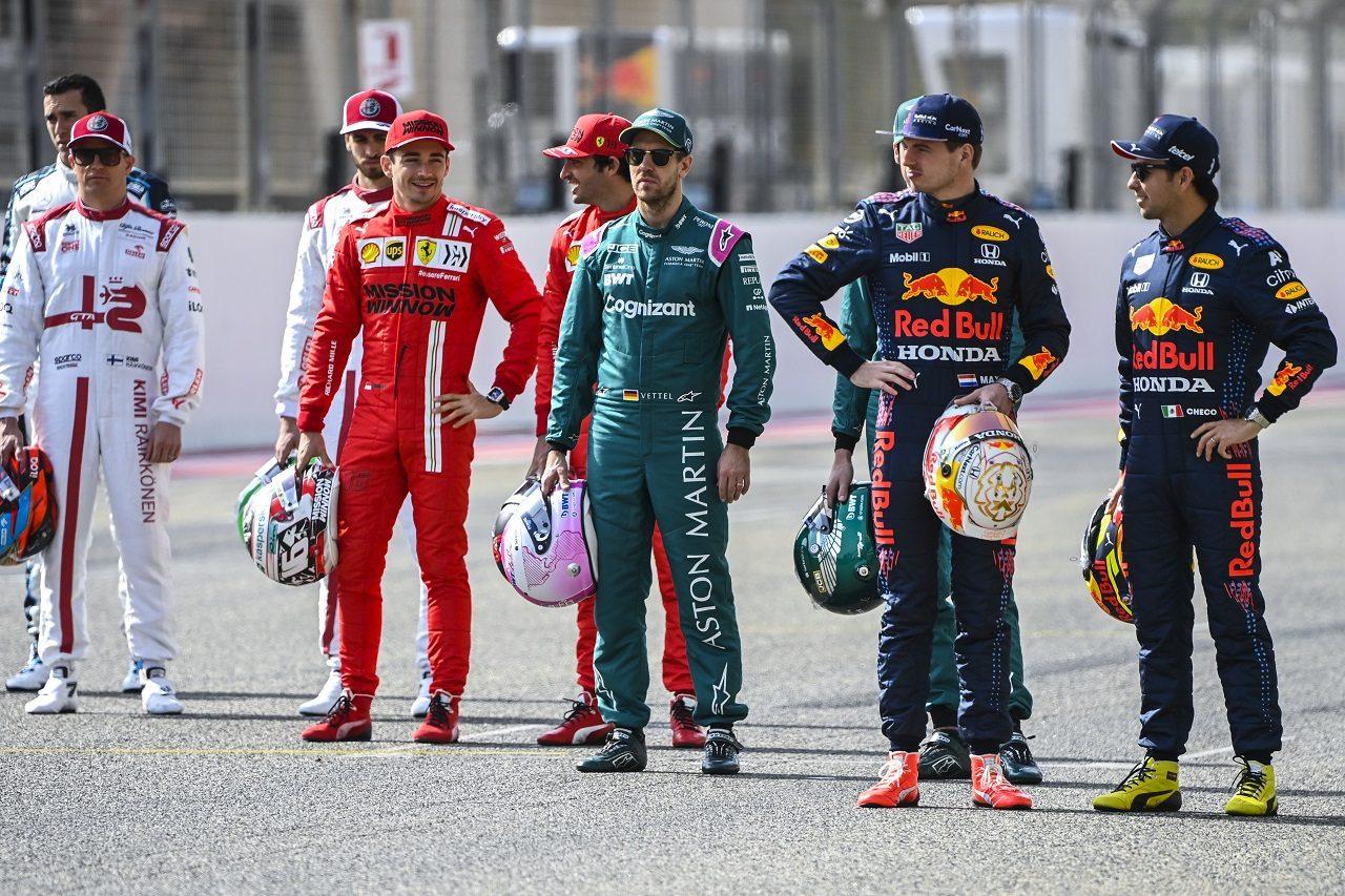 2021年F1プレシーズンテスト ドライバー記念撮影