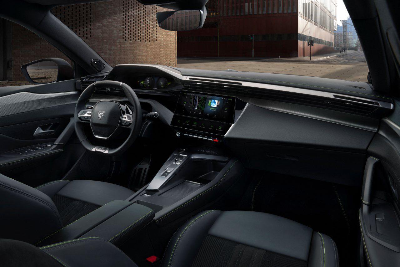 プジョー、新型『308』を本国発表。新ロゴ、新フェイスと第2世代i-cockpitを採用