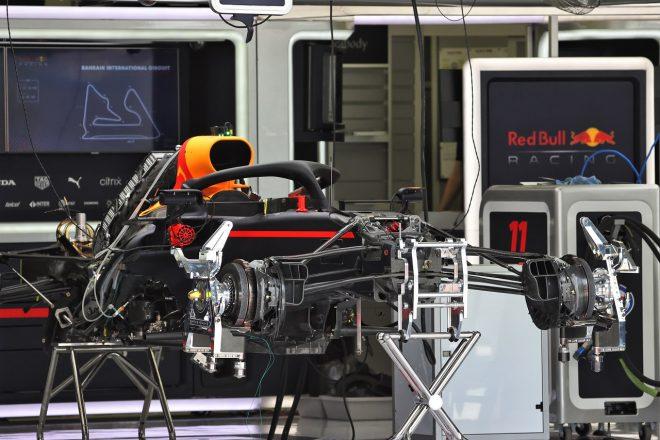 2021年F1第1戦バーレーンGP木曜 レッドブル・ホンダのガレージ