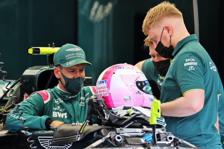 """F1   アストンマーティンF1で新たなスタートを切るベッテル。愛車の名前は初代ボンドガール""""ハニー・ライダー"""""""