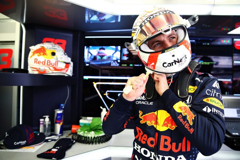 F1 | フェルスタッペン最速「満足の初日。ポールは獲りたいが決勝とのバランスを考えて調整する」レッドブル・ホンダ【F1第1戦】