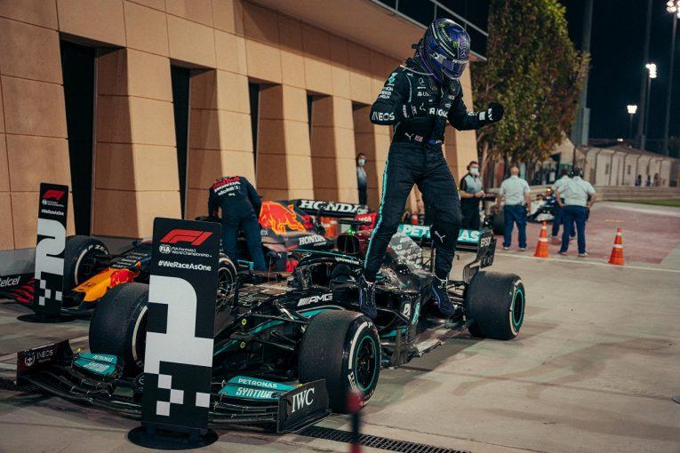 F1   ハミルトン辛勝「マックスに追い詰められて、本当に恐ろしい思いをした」メルセデス【F1第1戦決勝】
