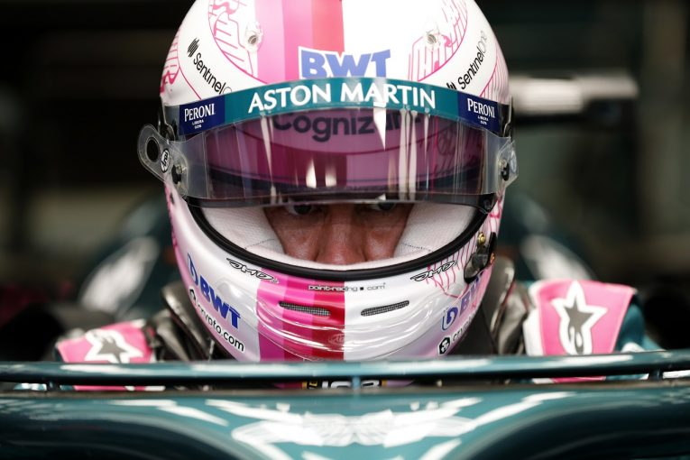 F1 | 接触のベッテルに10秒加算ペナルティ。レース後、オコンに謝罪:アストンマーティン【F1第1戦決勝】