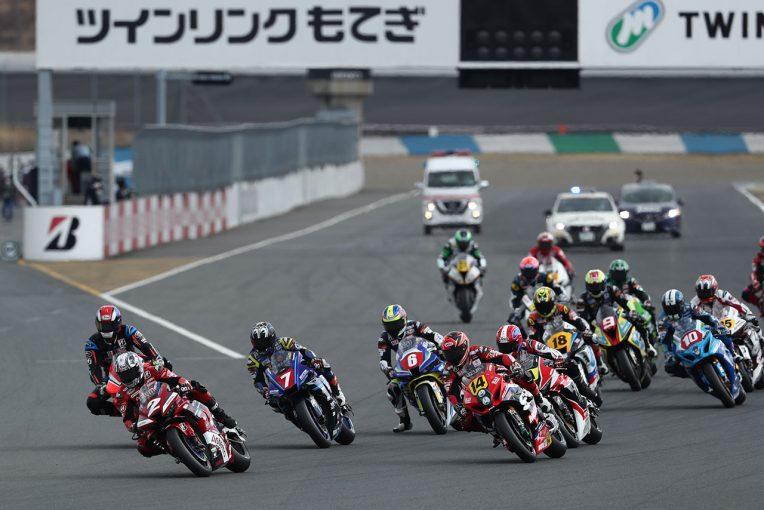 MotoGP | ヤマハの中須賀克行が開幕戦制す。清成龍一、渡辺一樹は表彰台獲得/全日本ロード第1戦もてぎ JSB1000レース1
