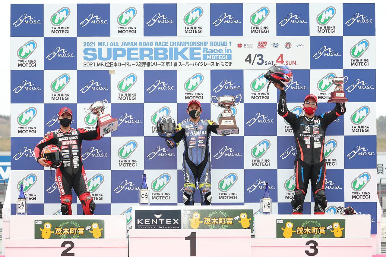 中須賀克行が開幕2連勝。雨による赤旗で渡辺一樹は惜しくも2位/全日本ロード第1戦もてぎ JSB1000レース2