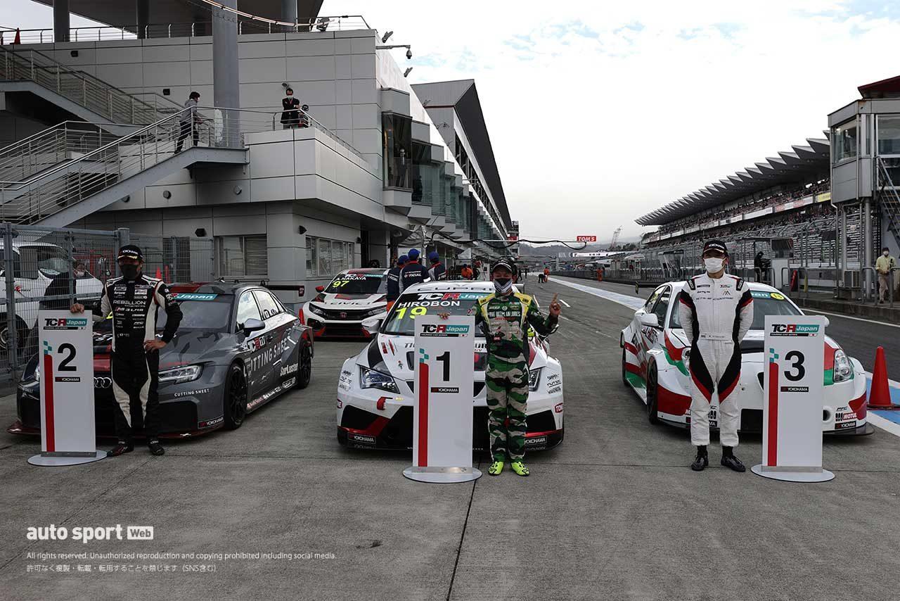 2021年TCRジャパンのサンデーシリーズ第1戦富士の表彰式
