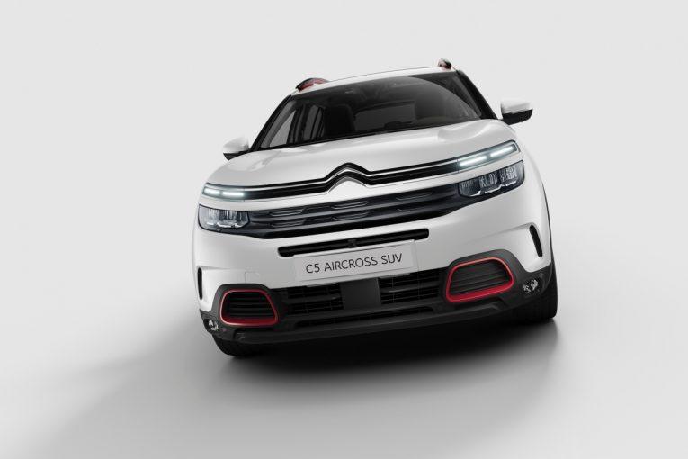 クルマ | シトロエン、人気の『C5エアクロスSUV』を仕様変更。全車LEDヘッドライトを標準化