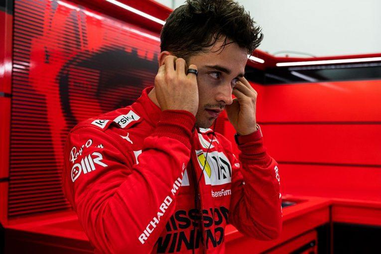 F1 | フェラーリF1のルクレールが旧型車でテスト。選手権3位争いで先制狙う