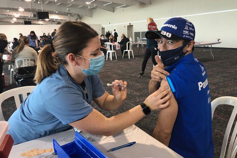 海外レース他 | 佐藤琢磨、インディカー開幕前に新型コロナワクチンを接種「もっとじわ~っと来るかと思ったけど……全然痛みもなかった」