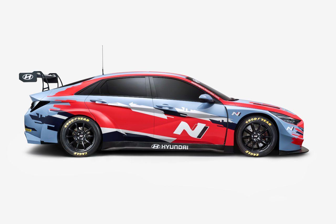 ヒュンダイ、2021年WTCRに新車投入。2チームから『エラントラN TCR』4台が登場