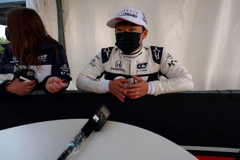 F1 | 【角田裕毅F1第2戦密着】赤旗後のスピンで入賞逃す。走り出しは「無理せず慎重に、集中力を維持したい」と重要性を痛感