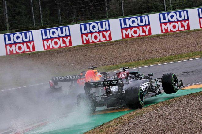 2021年F1第2戦エミリア・ロマーニャGP マックス・フェルスタッペン(レッドブル・ホンダ)とルイス・ハミルトン(メルセデス)の首位争い