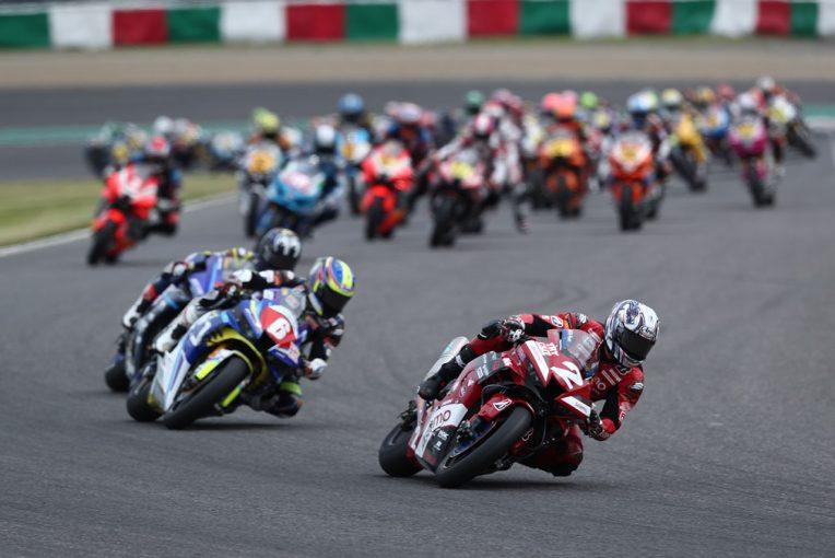 MotoGP   中須賀、レース終盤に清成を引き離し優勝。加賀山が3位表彰台/全日本ロード第2戦鈴鹿2&4 JSB1000レース1