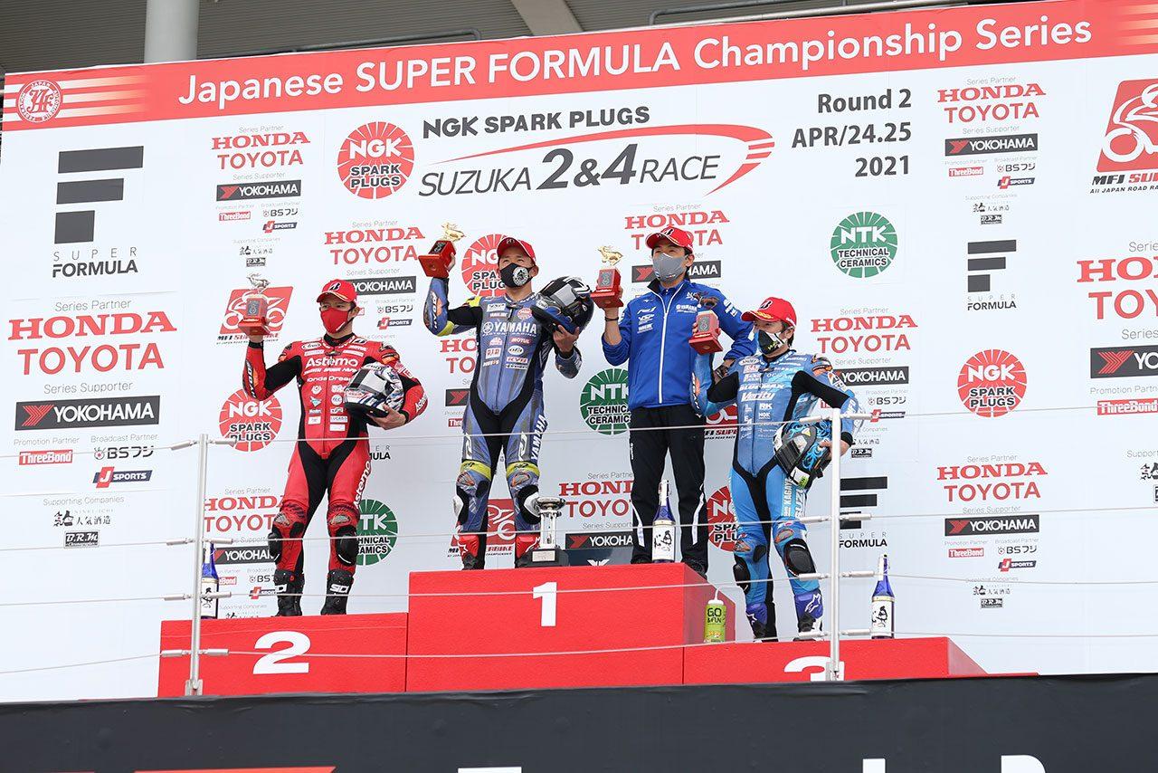 中須賀、レース終盤に清成を引き離し優勝。加賀山が3位表彰台/全日本ロード第2戦鈴鹿2&4 JSB1000レース1