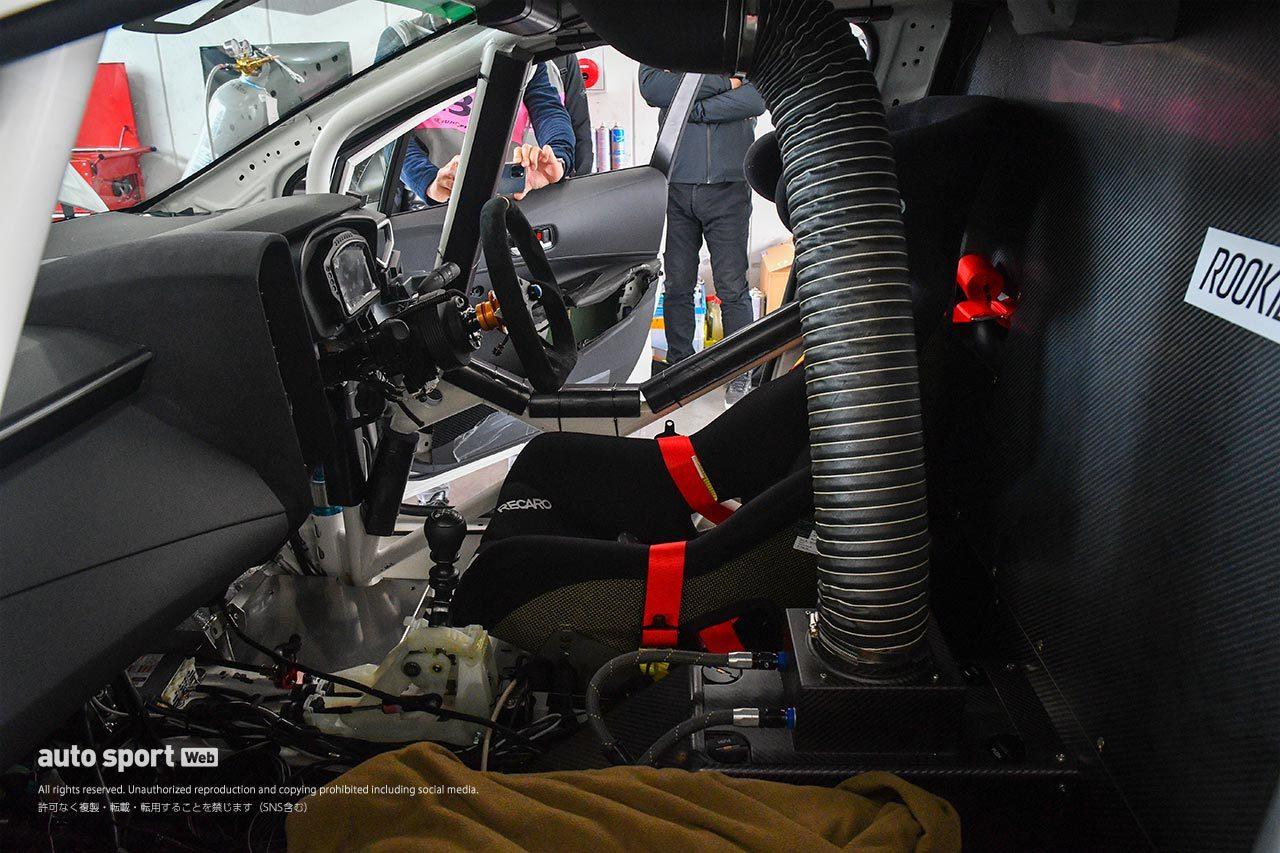 水素エンジン搭載のカローラ・スポーツがスーパー耐久公式テストに登場!「想像以上に普通」