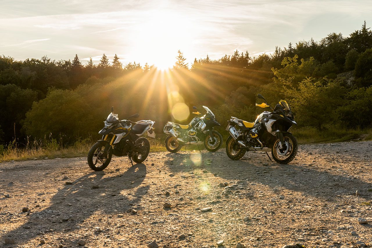 BMW、新型G310R/G310GSの予約受付。5月下旬から順次発売