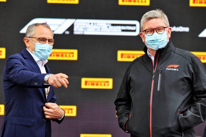 ステファノ・ドメニカリ(F1 CEO)&ロス・ブラウン(モータースポーツ担当マネージングディレクター)