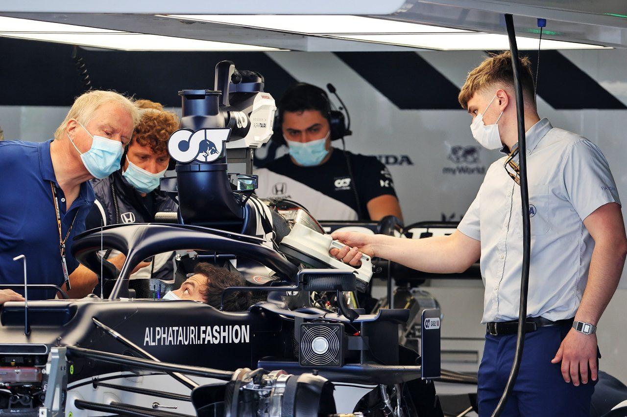 2021年F1第3戦ポルトガルGP木曜 アルファタウリ・ホンダのガレージ