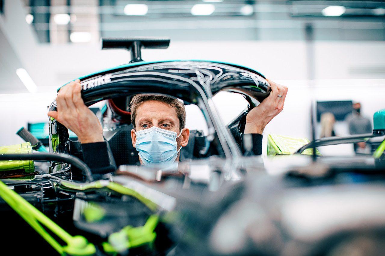 ロマン・グロージャンがメルセデスF1テストの準備