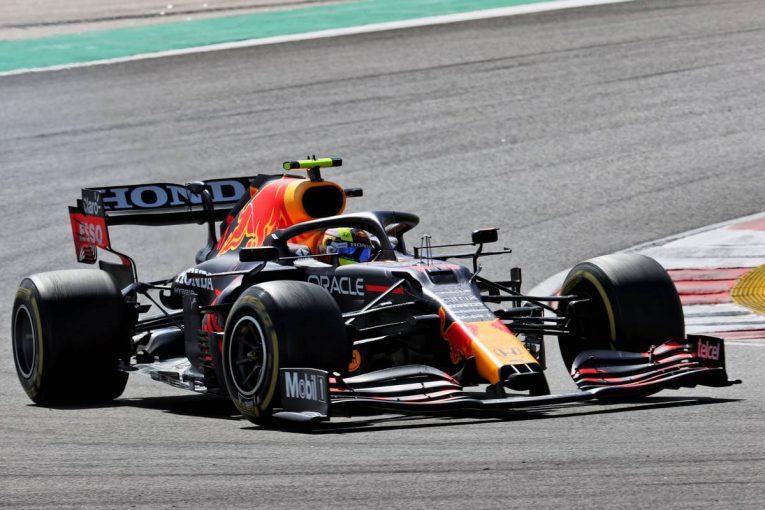 F1 | 【F1第3戦無線レビュー(2)】「目標はプランAプラス10周だ」ペレス、メルセデス勢を抑えるべく中古タイヤで51周