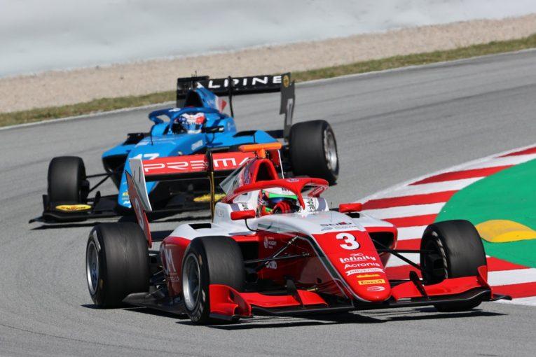 海外レース他 | トップ2台が2度脱落する大乱戦をコルドウェルが制す。岩佐歩夢は7位入賞【FIA-F3第1戦スペイン レース2】