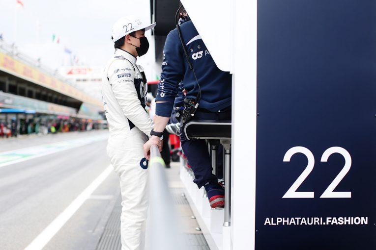 F1   【角田裕毅F1第4戦密着】焦りが感じられたスペインGP。トラブル原因の調査を進め「すべてを見直したい」