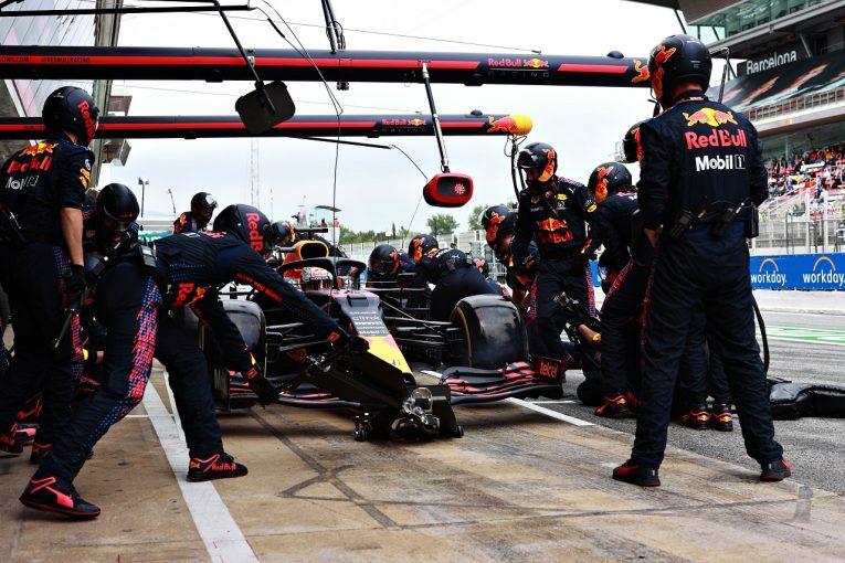 F1 | 勝利逃したレッドブル「戦略的に手の打ちようがなかった」と代表/F1第4戦決勝