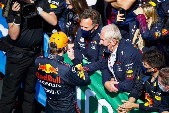 2021年F1第4戦スペインGP決勝 マックス・フェルスタッペン、クリスチャン・ホーナー代表、ヘルムート・マルコ(レッドブル・ホンダ)