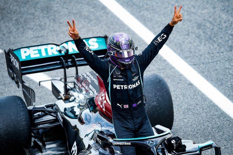 F1 | ハミルトン、大胆な戦略で首位奪還「2ストップの指示に従うべきかどうか迷った」メルセデス/F1第4戦決勝