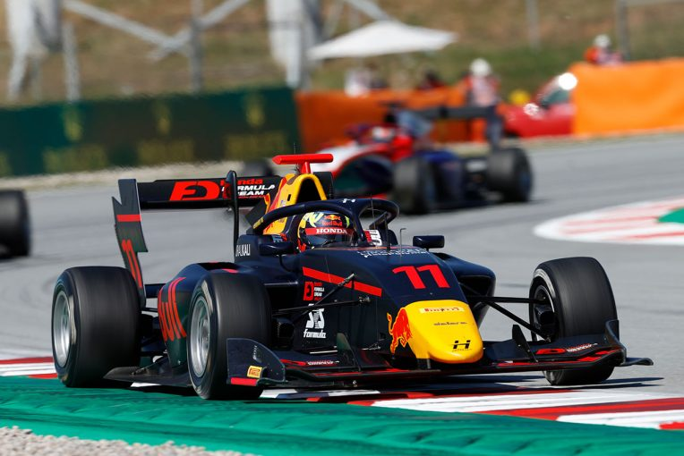 海外レース他   岩佐歩夢、レース2で初入賞。攻めたゆえのミスも後悔せず「今後に繋がるレースだった」/FIA-F3第1戦