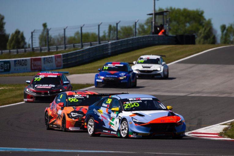 海外レース他 | TCRヨーロッパ開幕戦は、コロネルがポール奪取もアズコナが制覇。ベナーニも新型車で初勝利